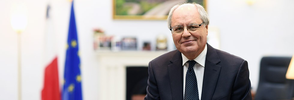 article_page_crop_professor_edward_scicluna-_minister_1_cal_ws-1